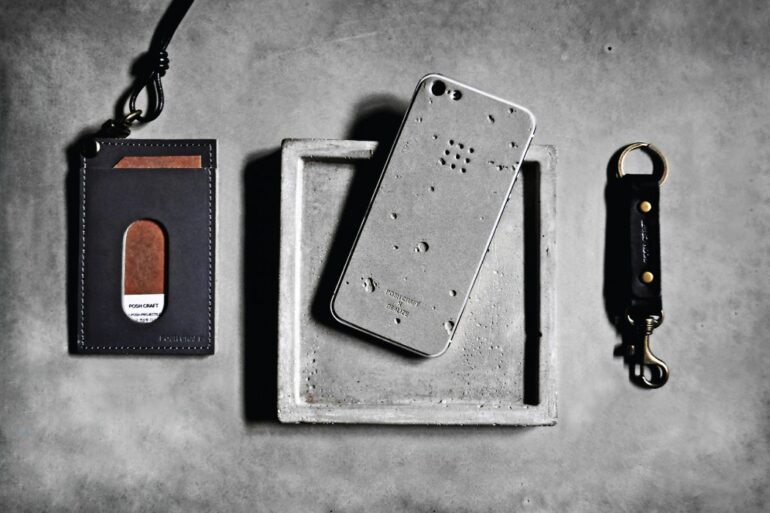 Posh Craft Luna iPhone 5 Case